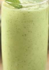 Pineapple Mint Smoothie �