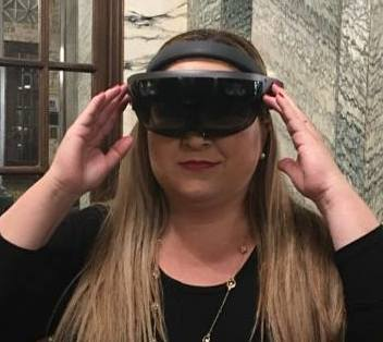 From AR to VR: Meet a Latina who is Breaking the Virtual Ceiling #VR #VirtualReality