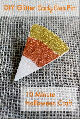 Fun craft idea >>> Make a Glitter Candy Corn Pin via cyngagen DIY Halloween