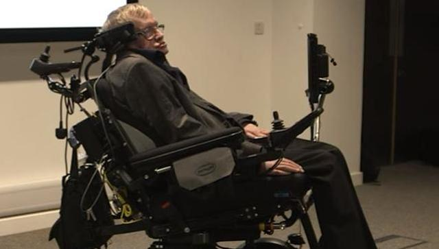 Artificial Intelligence can end civilisation: Stephen Hawking (by @PrasunSonwalkar)