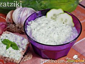 Tzatziki salsa grecaRicetta di EPrugnoli qui: