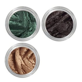 Eyeshadow Subscription Box: Love your eyes! eyeshadow makeup beauty via outfy