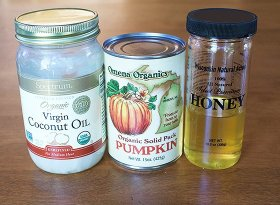 Try our DIY pumpkin hair & face mask! fall pumpkinspice