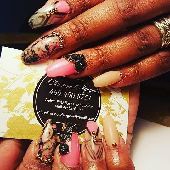 Gloss Nails Spa