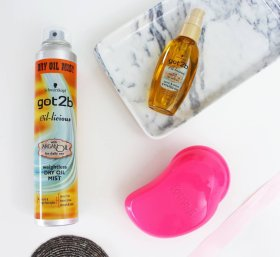 Why I love using Argan oil on my hair >> FemaleBloggerRT bbloggers BloggingGals