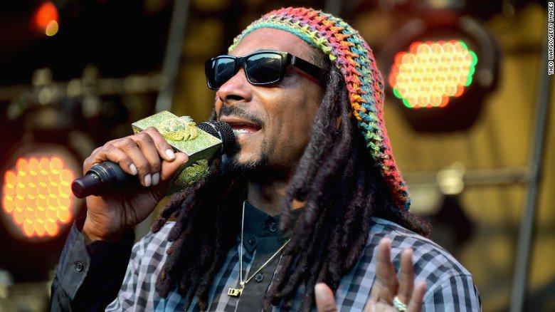 Snoop Dogg and other celebrities celebrate marijuana legalization in California