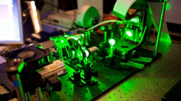 Post Moore's Law: Computing with Lasers Could Power Up #Genomics and #AI    #HPC