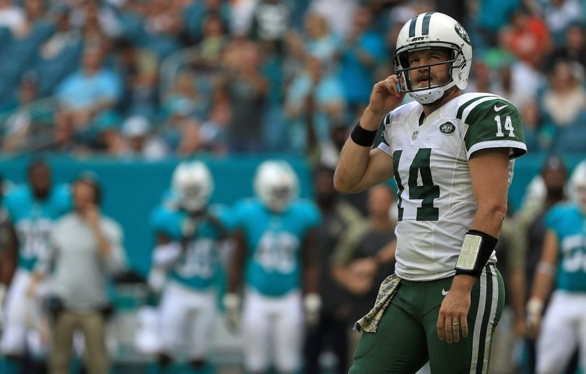 Mike Maccagnan: No regrets about re-signing Ryan Fitzpatrick