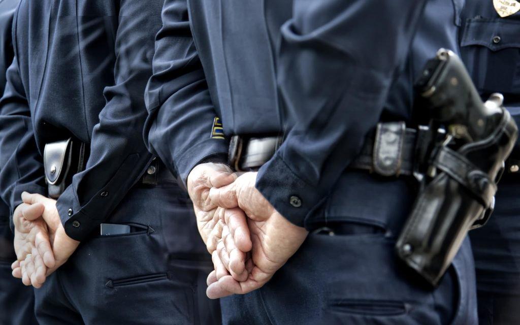 #READ Fearing Change. Hardcore Cops Insist Legalization Means More Crime.