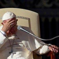 """Corrupción, """"la peor plaga social"""" y """"fraude a la democracia"""": Papa"""