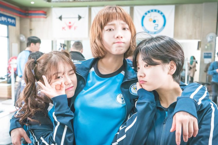 """k-actresses pics on Twitter: """"lee sung kyung, cho hye jung & lee ..."""