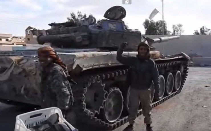 "Cze_Ym6XcAAZd06 Анализ опыта и тактики боевого применения танков ""Халифата"" в Сирии и Ираке"