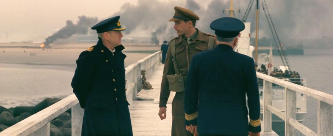 Christopher Nolan's Dunkirk Trailer Is Here