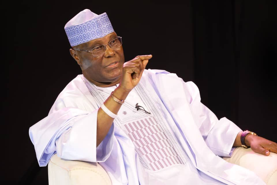 D0WMY DXQAE  CX - What Nigerians Are Saying After Dele Momodu Asked Atiku To Congratulate Buhari Is A Must Read