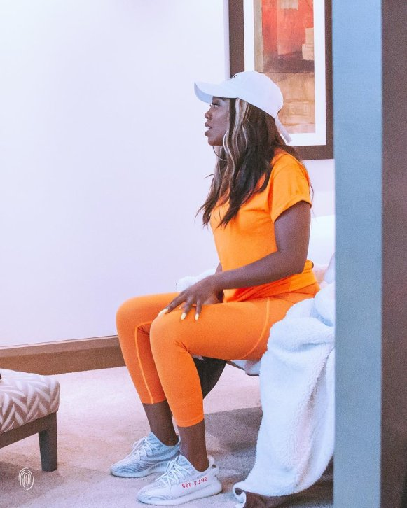 D1ShyO WwAAz44U - 'Even if you think your mama na weak vessel I will celebrate her on your behalf' – Tiwa Savage Fires At Follower