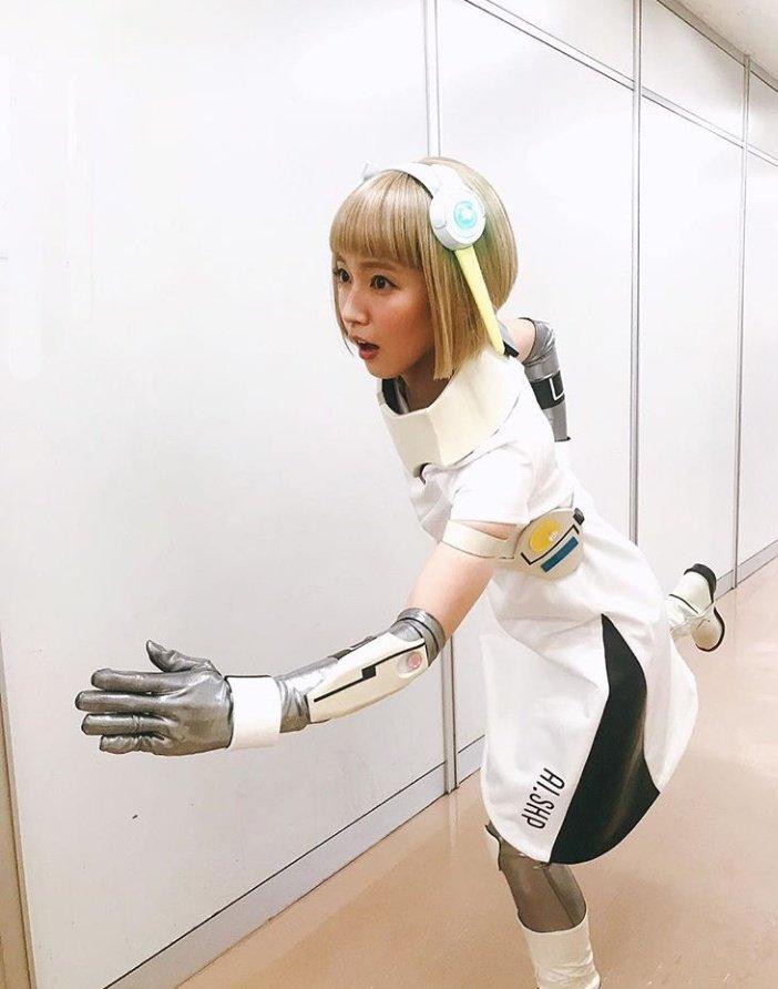 【芸能】吉岡里帆、金髪アンドロイド姿を披露「最高にキュートなアンドロイド」