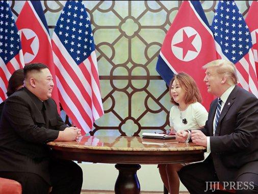 test ツイッターメディア - 【中国の国際論調】米朝首脳会談の結果に隠せない失望感─全人代にも見られる米中貿易協議への配慮 徐 行 トランプ米大統領と北朝鮮の金正恩朝鮮労働党委員長は2月27日から28日、ベトナムの首都ハノイで2日間の日程で首脳会談を行ったものの、非核化について合意に達することが…本文に続く https://t.co/mojKp728XD
