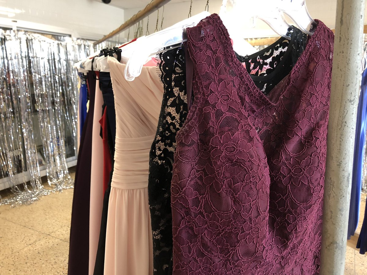Erika Leigh On Twitter These Dresses Are Really Pretty