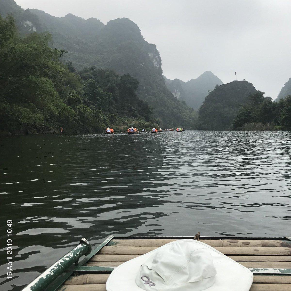 Paddling rivers & temples of Ninh Bình