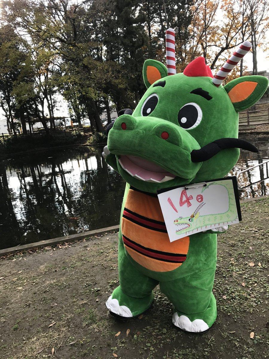 test ツイッターメディア - 4月14日にちようび今日で熊本地震から3年。損壊が激しかった熊本城も、外観はほぼ復旧したんだって!でも内部の復旧は2021年、城全体の復旧は2037年の予定みたい(゚o゚;仮設住宅で仮住まいする人も1万6500人位いるみたい…。早く元の元気な熊本に戻れるといいね!頑張れ熊本!頑張れくまモン! https://t.co/ip2Roag9Qi
