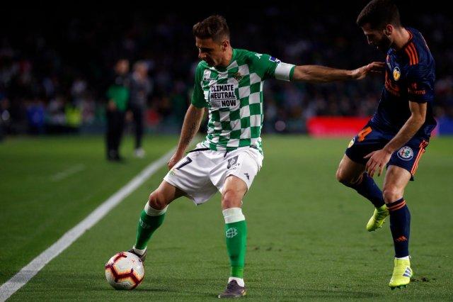 ماندي أساسي في هزيمة ريال بيتيس امام فالنسيا 25
