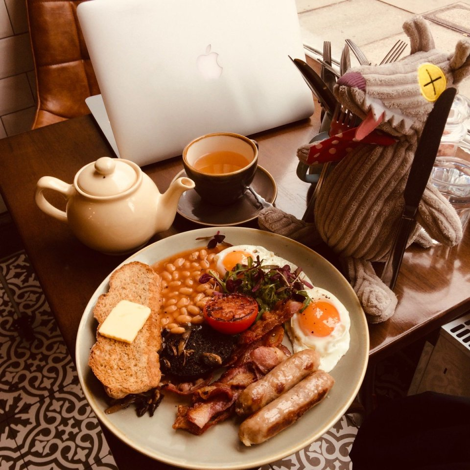 test Twitter Media - #Zeboss @FishEconomist was recently in Edinburgh to discuss modelling (crazy optimisation...) with friends from Sandfish Associates (https://t.co/JHZ924m84b). A good occasion to have some nice Scottish breakfasts... https://t.co/kTXzwRFQO1