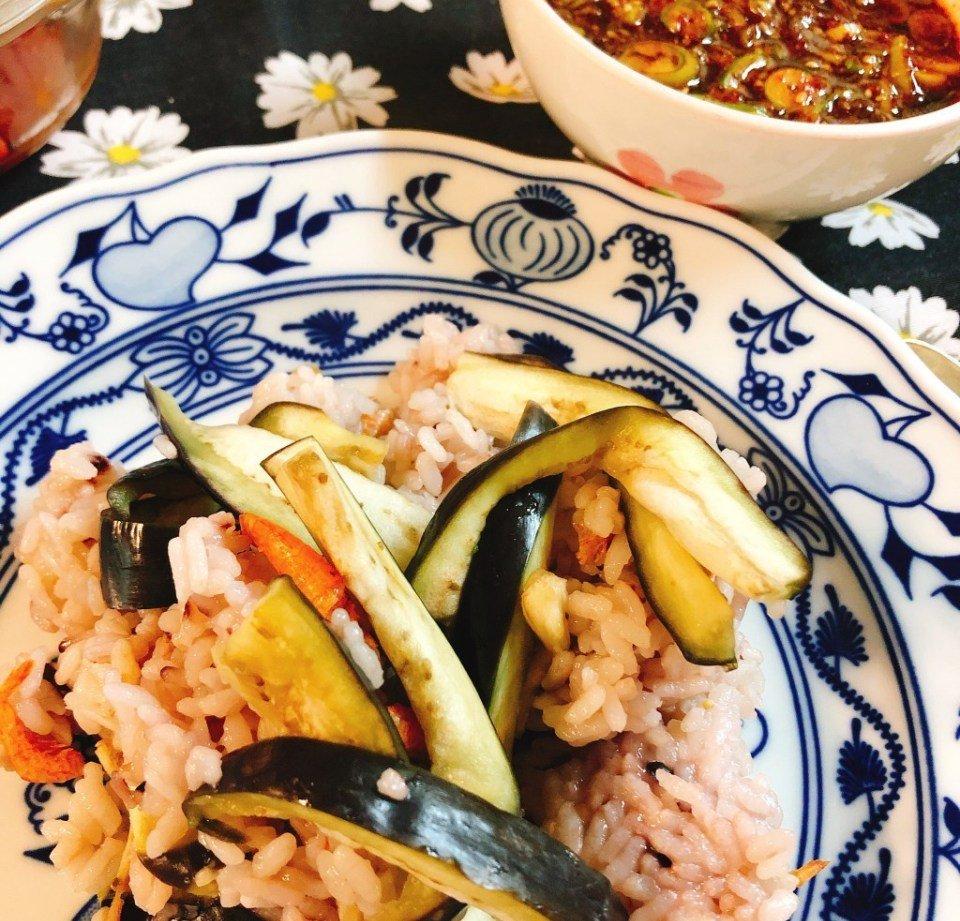 양념장 쓱쓱 가지밥