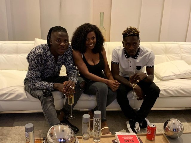 New Photos That Show Shatta Wale And Stonebwoy Have Reunited