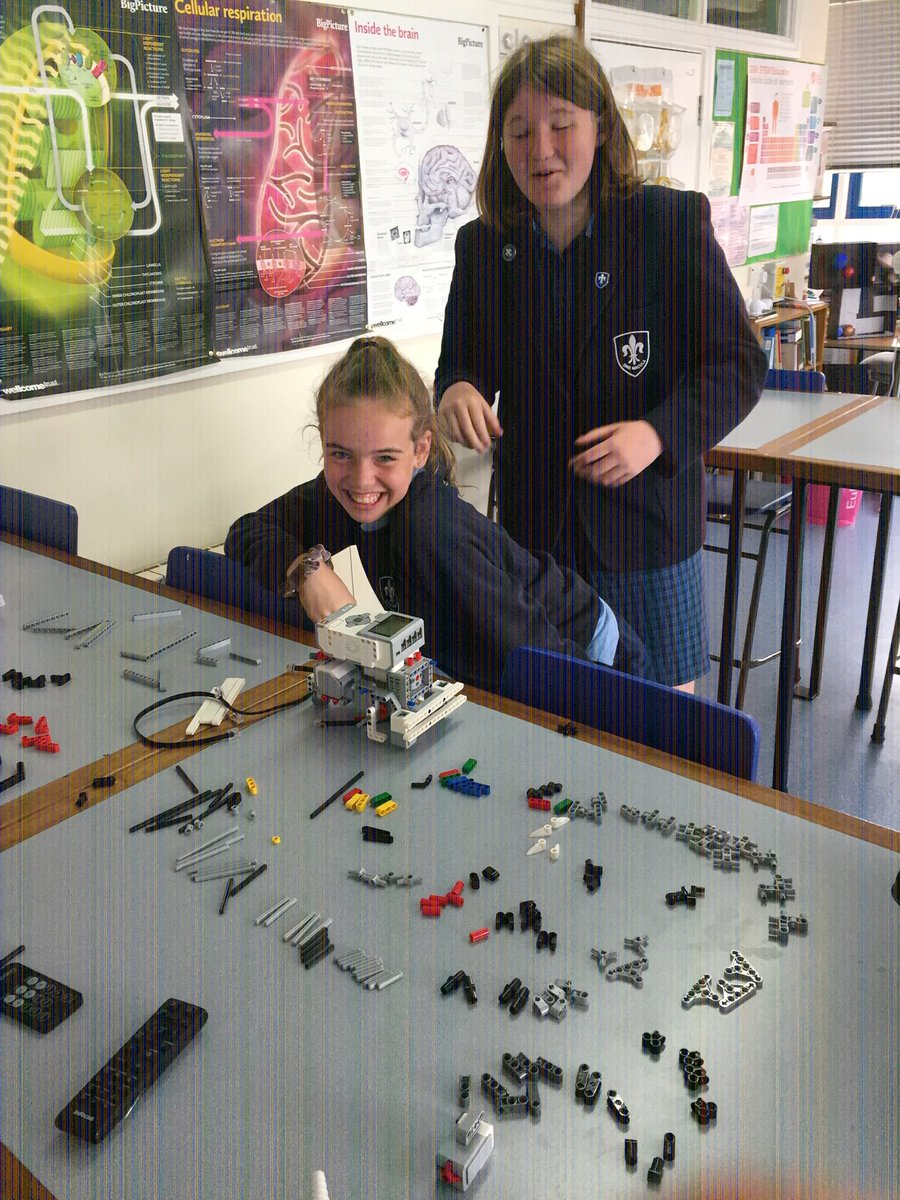 The fantastic robots just keep on coming! Great work!