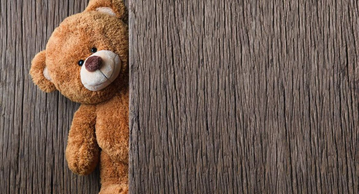 11-year-old casually hacks into security experts' Bluetooth to control teddy bear