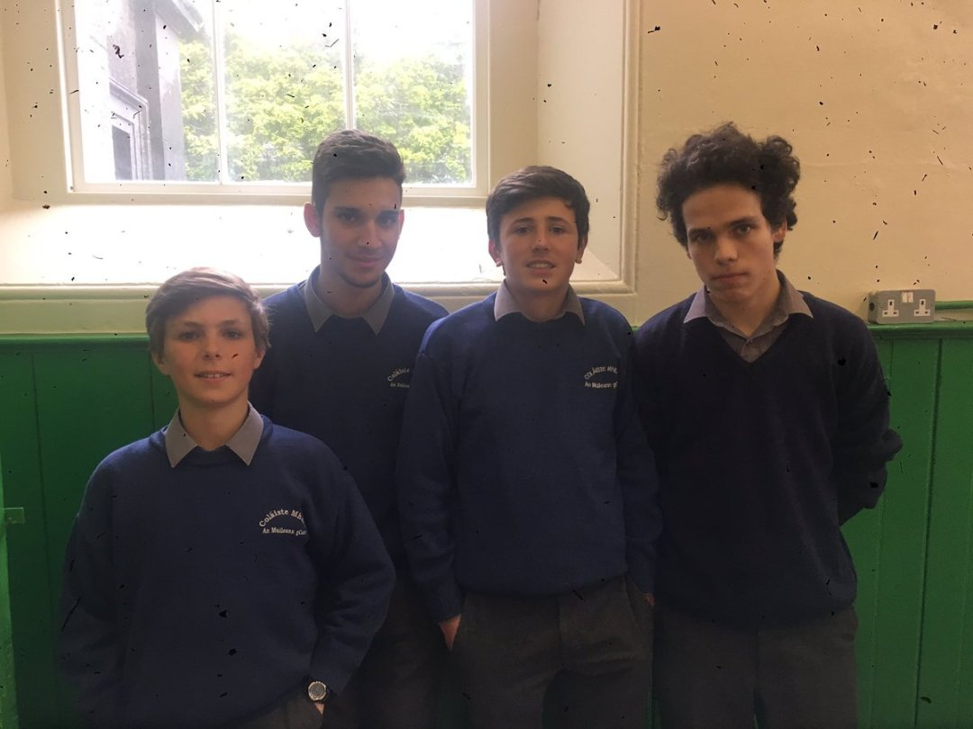 This week we say goodbye to our four Spanish students 🇪🇸 Felipe, Cristobal, Pablo and Hugo have been with us for the year to learn English.