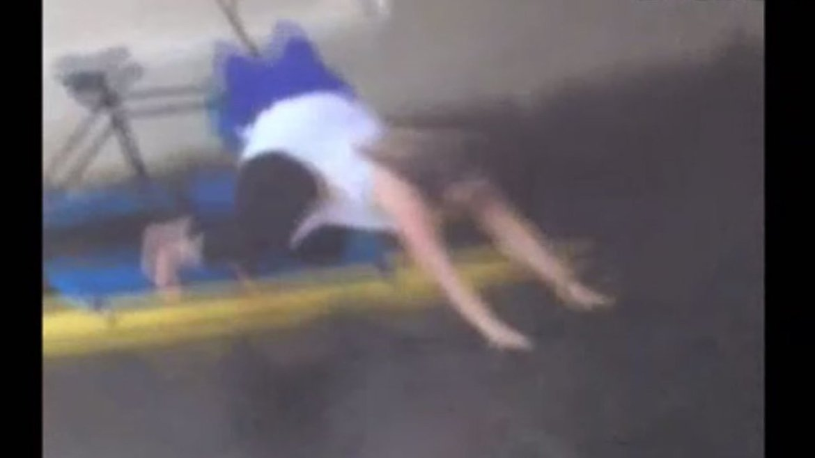 WATCH: Woman rescues cat that fell into downtown Tampa river