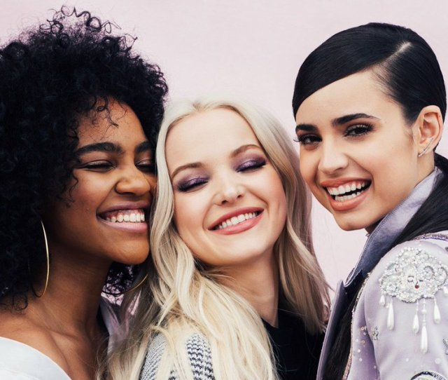 Dove Cameron Sofia Carson And China Anne Mcclain Find Out Which Disney Princess They