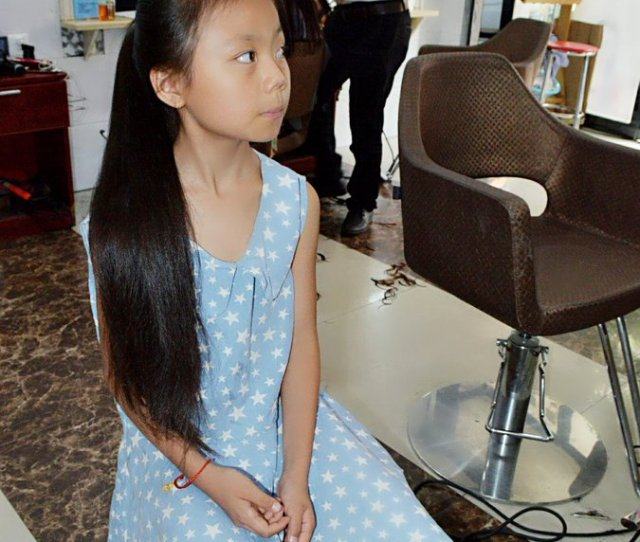 E9 Ab Aa E9 Ac Bc E9 Ad 85hair Fetish On Twitter Haircut Longhair Another Young Girls Haircut In The Barbershop Https T Co Cbsxngerpm