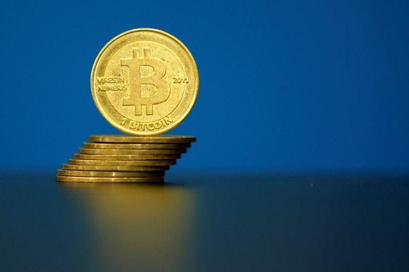 Buoyant #bitcoin stirs crypto-bubble fears
