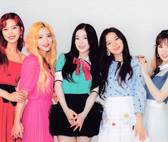 Yeri Being Cute Joy Being Her Fun Usual Self Wendy With Her Usual Big Grin Irene Being The Leader She Is Https T Co Bcqjb2386o