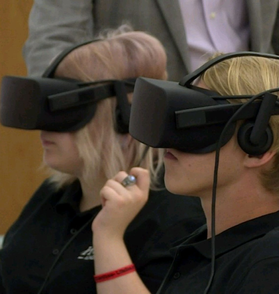 Indianapolis School First In US To Teach With Virtual Reality  #VR