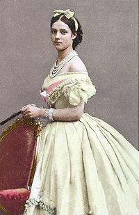 test ツイッターメディア - ロシア皇太子アレクサンドル(後アレクサンドル三世)の鰊が好物の婚約者デンマーク王女は後のマリア・フョードロヴナで、美貌の王女として有名だったのよ!作品構成上貶されてますけど、ロシア皇后として申し分ない実績をあげたから!そこんとこよろチクビ  #女王ヴィクトリア https://t.co/JG1Ee9Y4JA