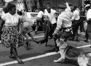 """Be A King a Twitter: """"Sheriff #JoeArpaio is often compared to Bull Connor,  who ordered the racially motivated viciousness in these pics.  State-sanctioned hate.… https://t.co/X02UiKp4CL"""""""