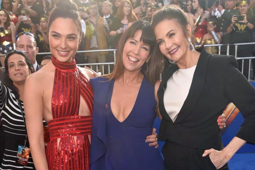 Patty Jenkins Will Return To Direct Wonder Woman 2 5
