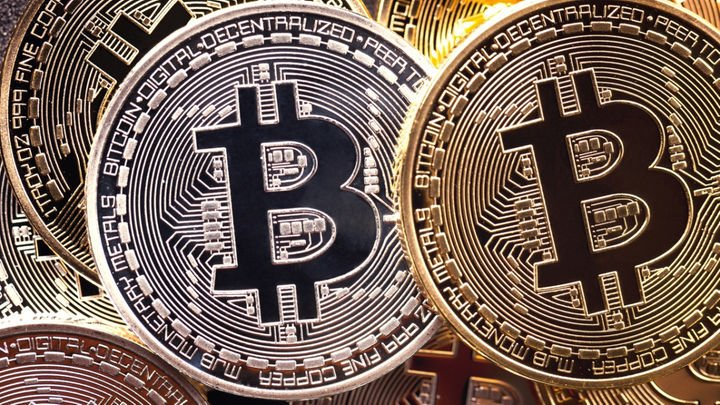 What the heck is Bitcoin?   Here's an explainer from CBC's @SarahSmellie