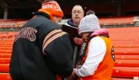 Poor Browns Fan Couple Gets Married In The Dawg Pound