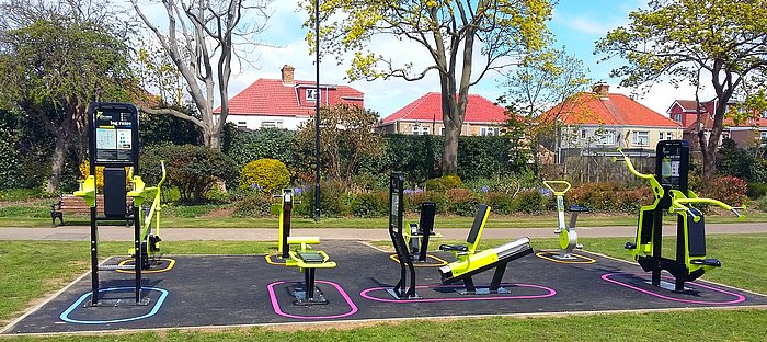 There Are  Outdoor Gyms In Hounslow Which Are Free To Use Www Hounslow Info Parks Open Es Get Active Outdoors Outdoor Gyms Pic Twitter Com