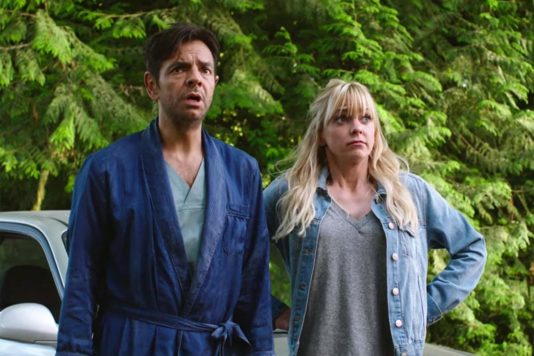 Overboard Trailer Featuring Anna Faris