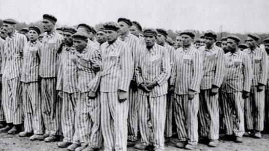 test Twitter Media - La dolorosa ausencia de los republicanos españoles en una exposición sobre Auschwitz por Antonina Rodrigo https://t.co/FccaB3a9gj https://t.co/xRpblPS0CH