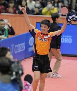 test ツイッターメディア - 卓球の張本選手が全日本選手権で史上最年少で優勝しました。水谷選手を撃破です。すごいですね。男女とも若手が活躍して東京五輪で中国選手に勝って金メダルを期待したいです。#卓球 #張本智和 #金メダル #史上最年少 https://t.co/9u3ArUBtGv