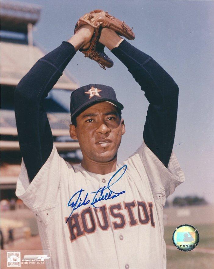 lanzadores latinos de los Astros