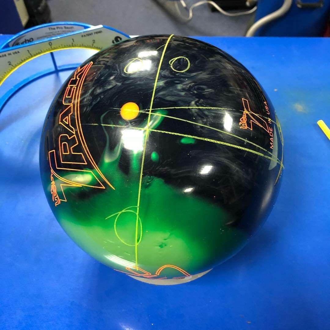 test Twitter Media - .@PBAmika went with a new layout for this Kinetic Emerald. What is your favorite unconventional drilling? #TrackBowling #SmartBowling https://t.co/lwpIv6n9sj