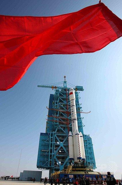 test ツイッターメディア - 【流星群のよう…】中国の宇宙実験室『天宮1号』が24時間以内に地球へ落下https://t.co/K73QyYgVPH被害が起きることはなく、大気圏に突入する際には「素晴らしいものとなり、美しい星空を横切るだろう」と説明している。 https://t.co/6HvQuLigHD
