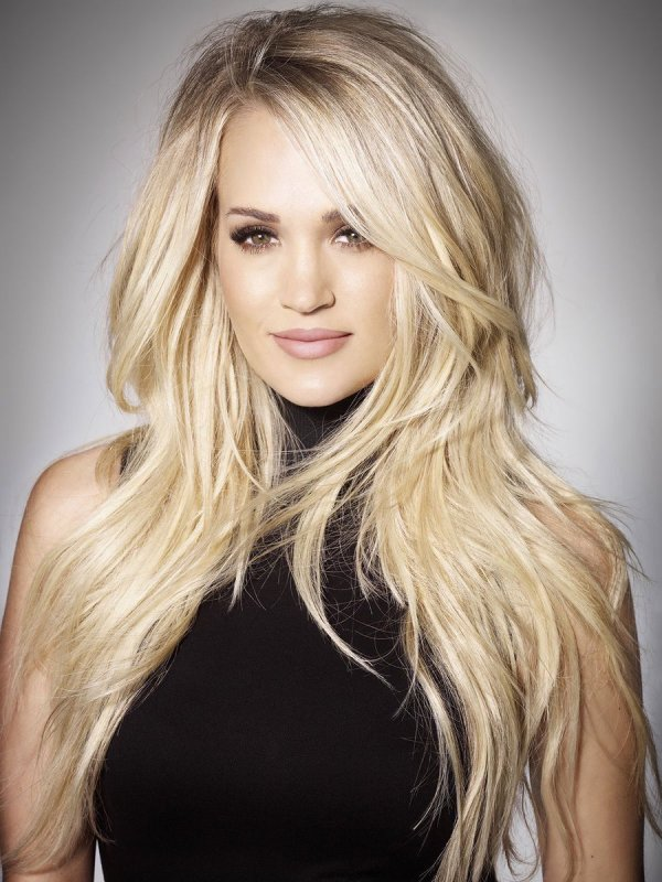 Carrie Underwood gives fans an update on her health and ...